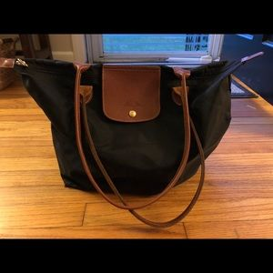 Long champ black tote bag